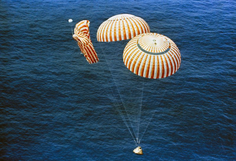 Apollo 15 descends